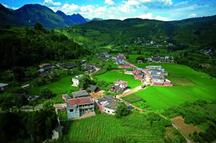 王利俊 我的村庄在巨变